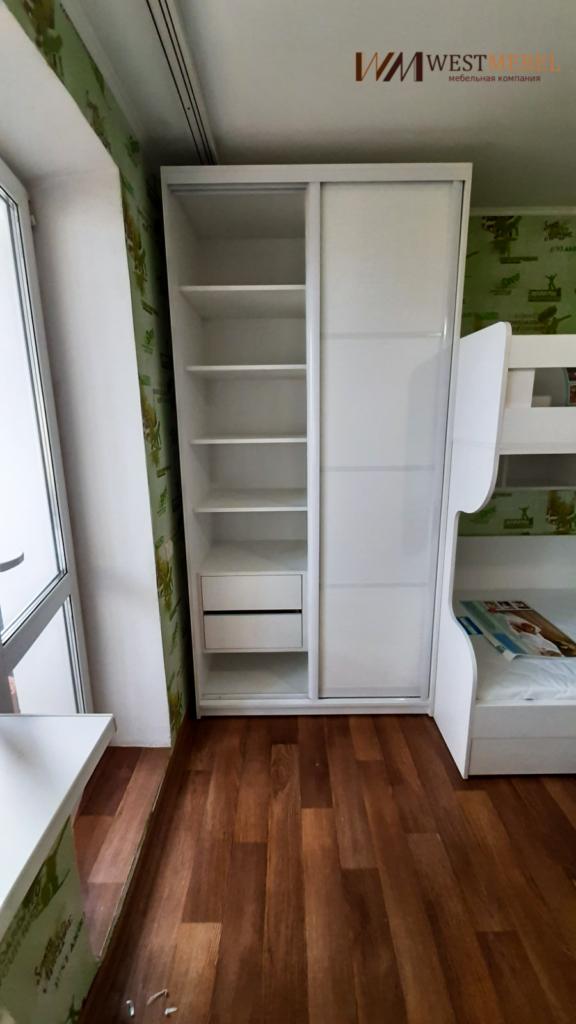 Шкаф-купе для детской